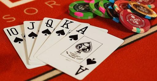 Tips Cara Bermain IDN Poker Modal Kecil Untung Besar